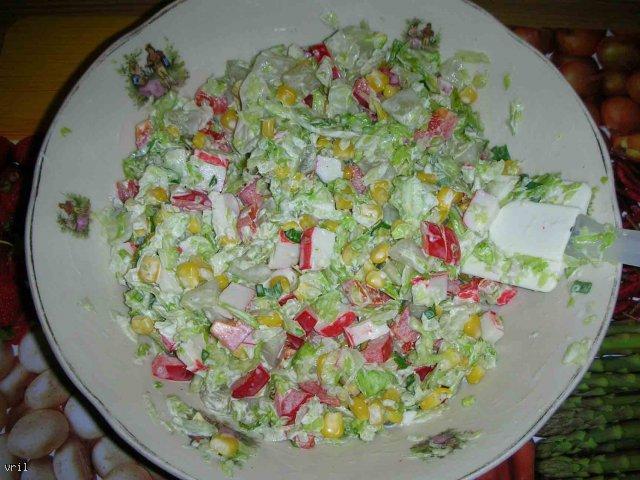 Sałatka surimi