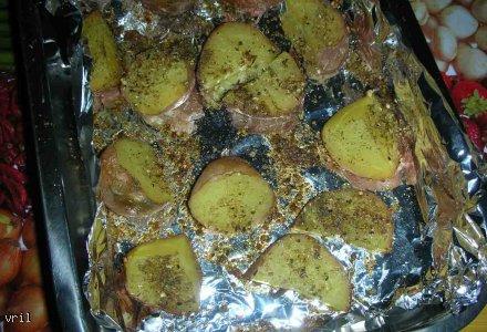 Pieczone czerwone ziemniaki