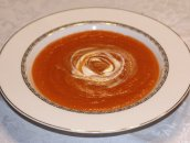 Rozgrzewająca zupa marchewkowa