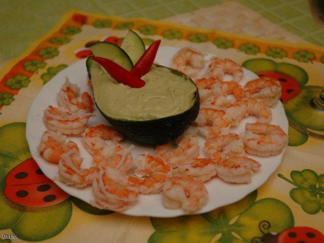Krewetki z sosem awokado