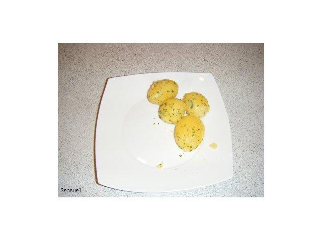 Kartofelki z pietruszką - pomysł na zwykłe ziemniaki