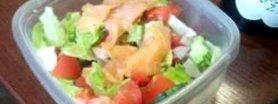sałatka biurowa ( z łososiem )