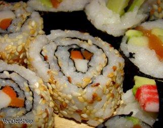 Sakamaki - odwrotne sushi