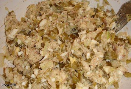 Sałatka / pasta rybna z oliwą