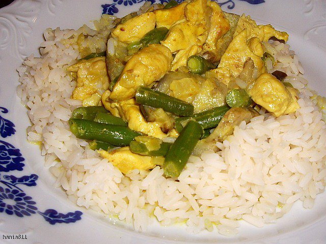 Aromatyczne curry z indyka