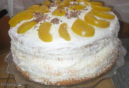 Tort brzoskwiniowy ze śmietaną