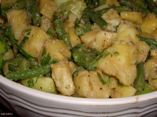 Sałatka ziemniaczana na zielono