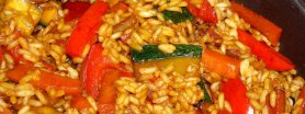 Ryż z warzywami na chińską nutę.