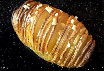 Ziemniaki pieczone (nacinane)