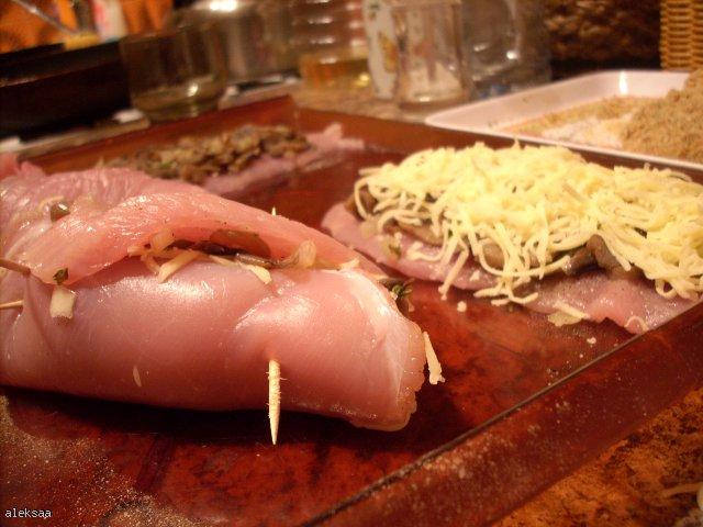 Roladki z piersi kurczaka z grzybami