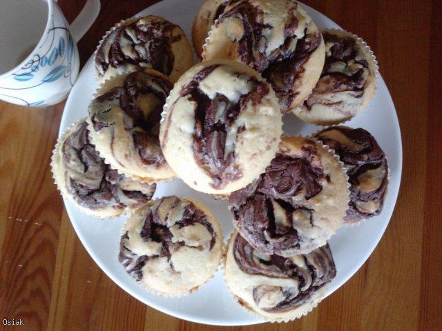 Muffiny z nutellą i migdałami