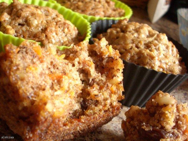 Muffinki marchewkowe z bakaliami