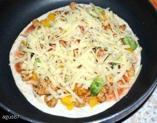 Placki tortilla z kurczakiem