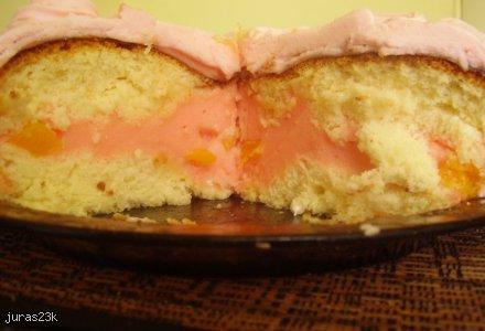Bardzo słodki tort z masą marshmallows