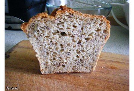 Chleb z ziarnami - szybki i smaczny (bez wyrastania)