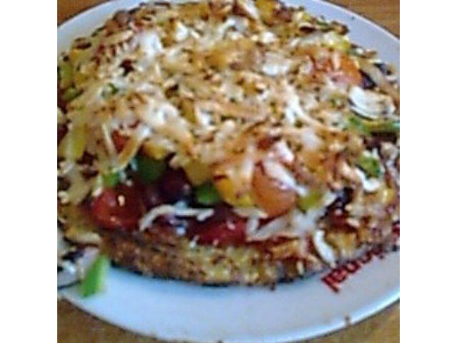 Pizza ziemniaczana pod serową pierzynką