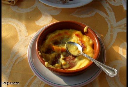 Crema catalana, czyli krem kataloński.