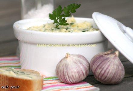 Masło czosnkowo - pietruszkowe