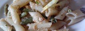 Makaron z tuńczykiem i cytryną