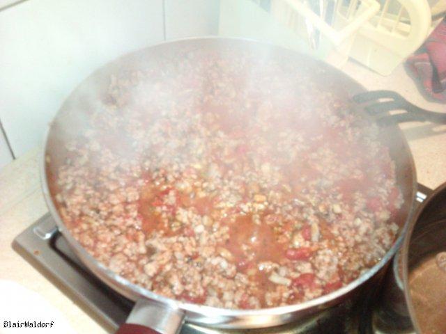 Lasagne (lasaghnie,l asaghnia, lasagnia)
