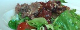 Orientalna sałata z pieczoną kaczką
