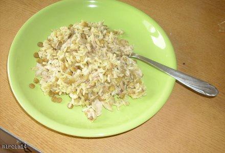 Kurczak z ryżem i soczewicą