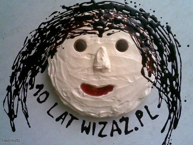 Lekki, wystylizowany tort urodzinowy