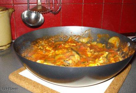 Potrawka z kurczaka po bułgarsku