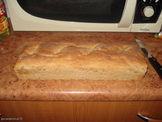 Chleb mieszany na zakwasie