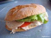 Chrupiąca kanapka z kurczakiem