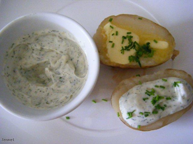 Dip do pieczonych ziemniaków