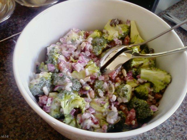 Moja sałatka brokułowa