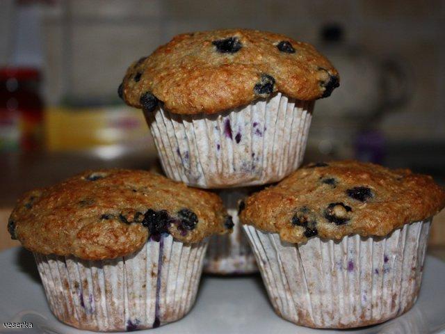 Muffinki pełnoziarniste jagodowo-cytrynowe