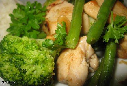 Kurczak z zielonymi warzywami