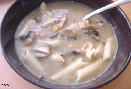 Gęsta zupa pieczarkowa