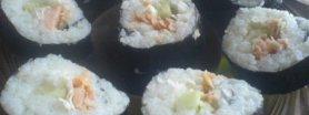 Sushi po polsku z pieczonym łososiem