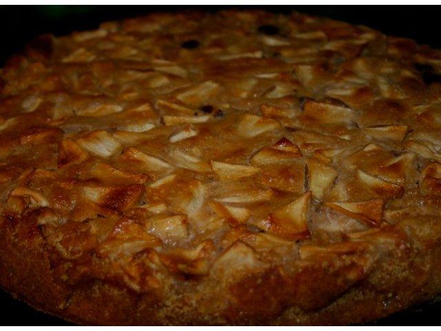 Wilgotne ciasto z jabłkami