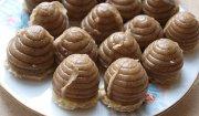 Orzechowe ule, slodkie pszczółki - jak kto woli :)