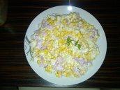 błyskawiaczna sałatka z ananasem dla niespodziewanych gości