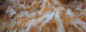 Surówka z kiszonej kapusty