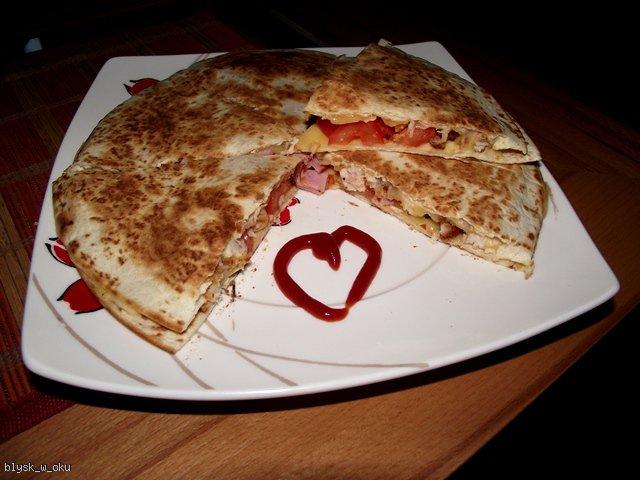 Quesadilla - nowa odsłona  placków tortilla