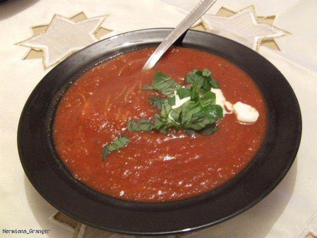 Rozgrzewający krem z pomidorów