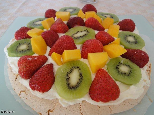Pavlova z owocami