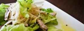 Sałatka z gotowanym kurczakiem i selerem