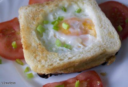 Tost z jajeczkiem