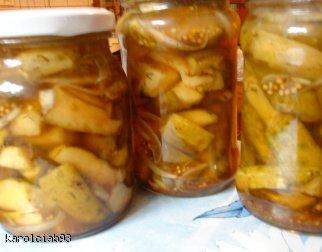 Koreczki z ogórków