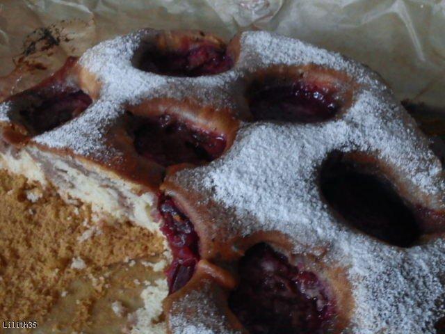 Lekkie, puszyste ciasto z owocami (najprostsze)