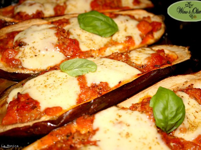 Bakłażany zapiekane z mięsem, pomidorami i mozzarellą