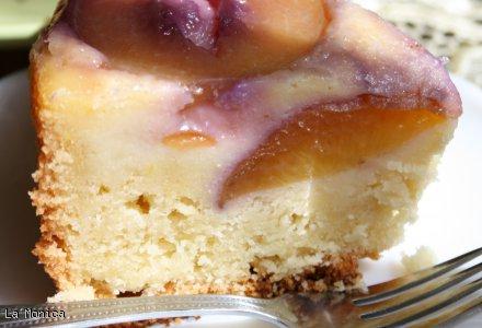 Ciasto karmelowo-brzoskwiniowe