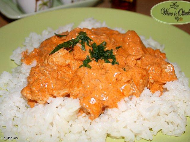 Pierś kurczaka na ostro w sosie indyjskim